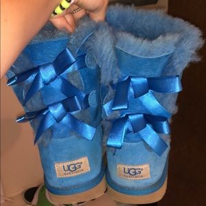 Blue Bow Uggs